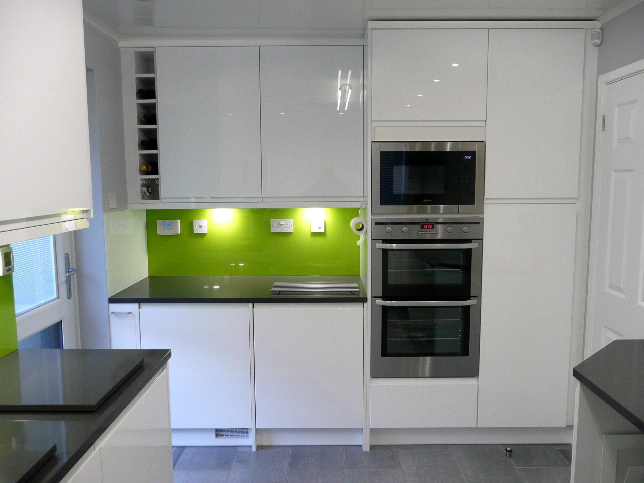 gloss-modern-kitchen
